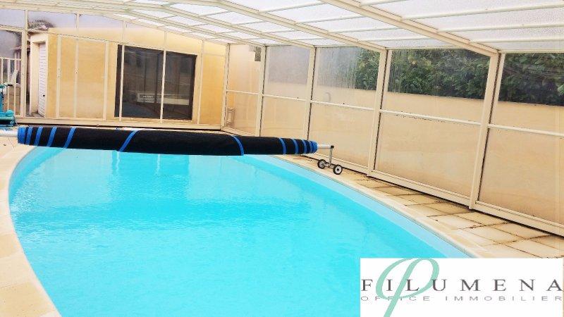Vente grande maison avec piscine for Piscine treillieres